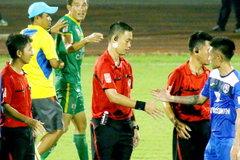 Trung vệ ĐTVN bất phục án treo giò 5 trận