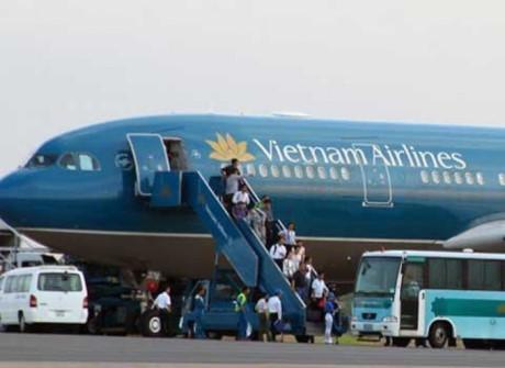 sự cố máy bay, máy bay bị rách cánh, Vietnam Airlines