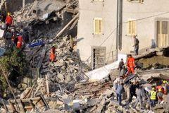 Italy: Một thị trấn bị phá hủy hoàn toàn do động đất
