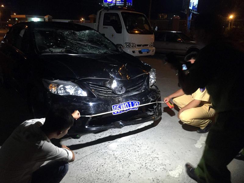 Xe biển xanh gây tai nạn, 5 người thương vong