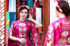MC Thụy Vân thử váy áo chuẩn bị làm MC chung kết Hoa hậu VN