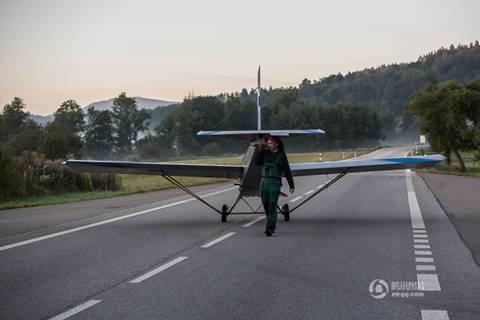20160827093455 may bay Chán ô tô, người đàn ông quyết tâm tạo ra máy bay để đi làm hàng ngày
