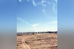 Máy bay đang trình diễn đâm xuống đất, phi công thiệt mạng