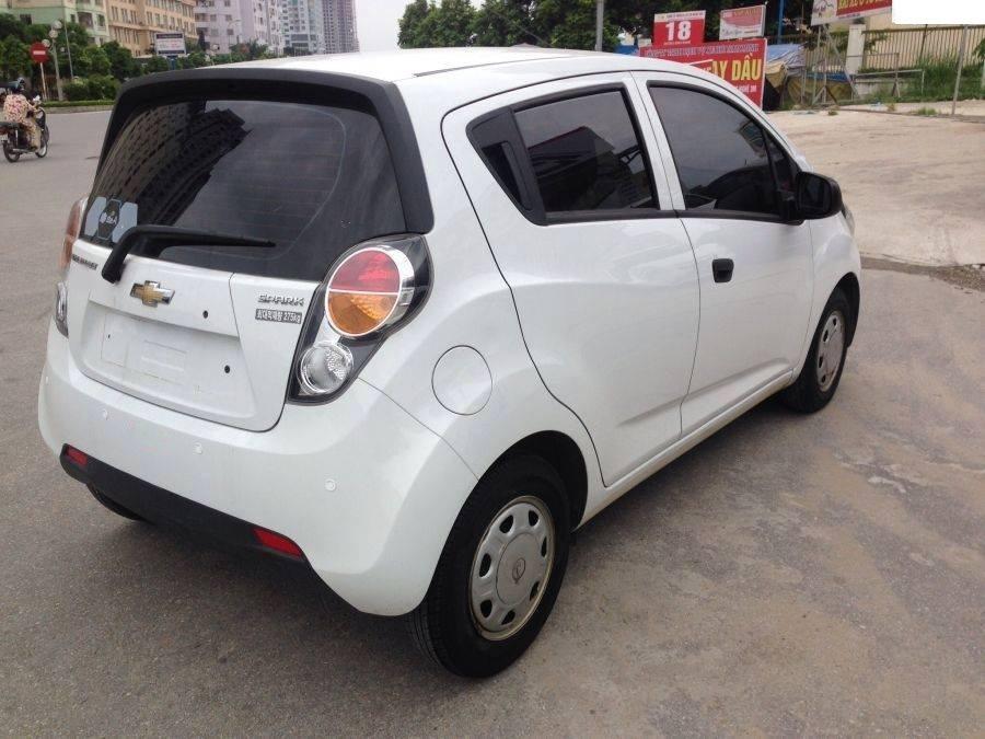 20160828082353 o to cu duoi 250 trieu 2 Những mẫu xe cũ giá 300 triệu phổ biến tại Việt Nam