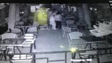 Nhóm đối tượng bắn vào đầu bạn giữa quán cafe