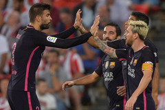 Messi và Suarez đá siêu tệ, Barca vẫn có 3 điểm