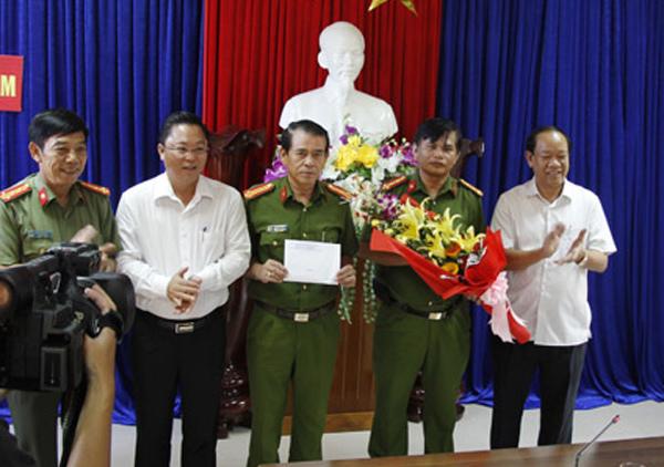 Quảng Nam: Làm rõ đối tượng bảo kê phá rừng pơ mu