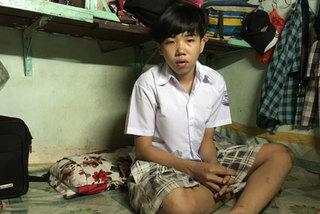 Cha mất sớm, mẹ nghèo, con nguy cơ bỏ học