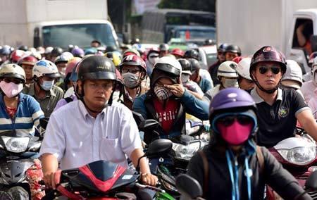 Bỏ thu phí đường bộ đối với xe máy