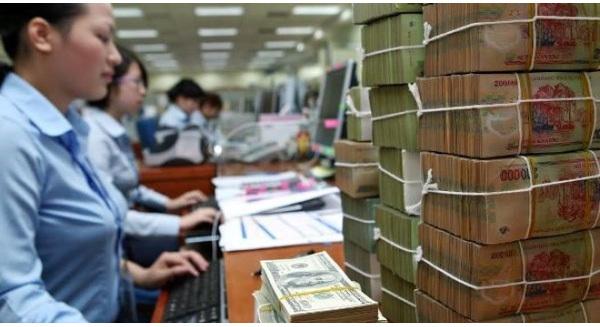 Nhân viên ngân hàng: Trình bệnh án, giấy ly hôn để sếp cho nghỉ việc