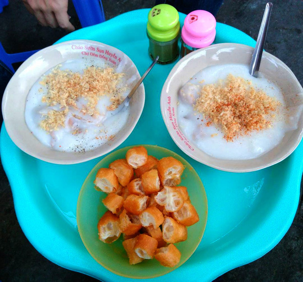 quán ăn, thú ăn đêm, Hà Nội, xôi nóng, bún ốc, cháo, bánh mỳ