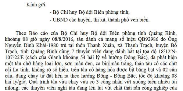 Quảng Bình: Tàu lạ thả nhiều bao nylon xuống biển