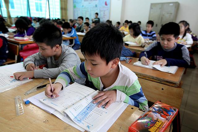Tại sao đánh giá học sinh theo mức A, B, C?