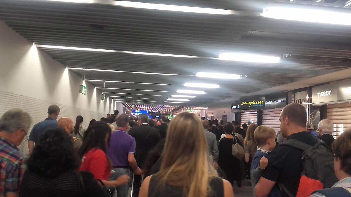 sân bay Đức, dọa đánh bom, sơ tán khẩn cấp, Frankfurt