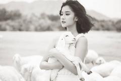 Hoàng Yến Chibi lộ hình ảnh nhạy cảm trong MV mới