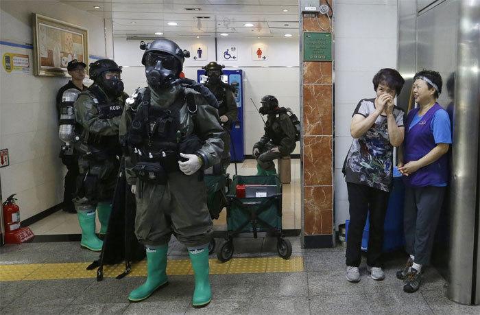 Xem lính Mỹ - Hàn tập trận chống khủng bố hóa học