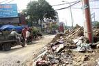 Hà Nội: Rác chất đống, bốc mùi trên đường mới mở