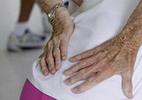 Chữa đau lưng không 'động dao kéo'