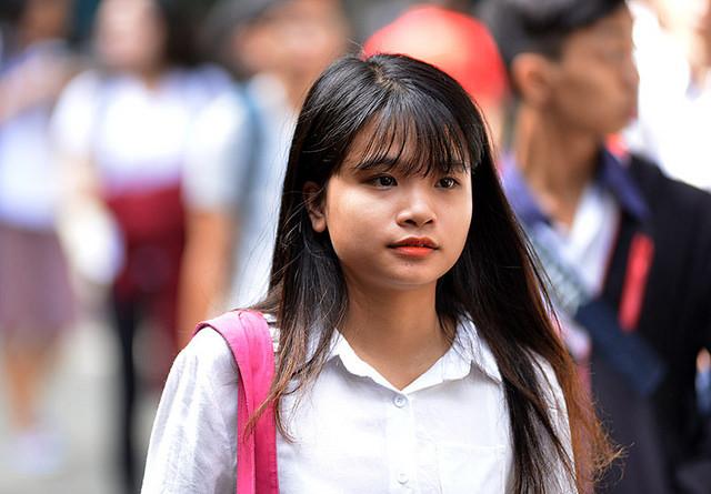 Đưa chữ Hán vào trường phổ thông: Ai nghĩ cho học sinh?