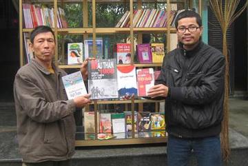 Nguyễn Quang Thạch giành giải thưởng xóa mù chữ của UNESCO