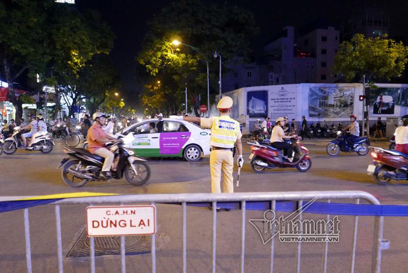 phố đi bộ, phố đi bộ quanh hồ Gươm, CSGT Hà Nội