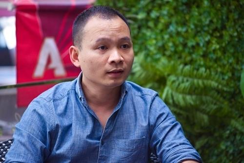 MC Lại Bắc Hải Đăng kể chuyện bị bạn bè đánh, nhổ nước bọt