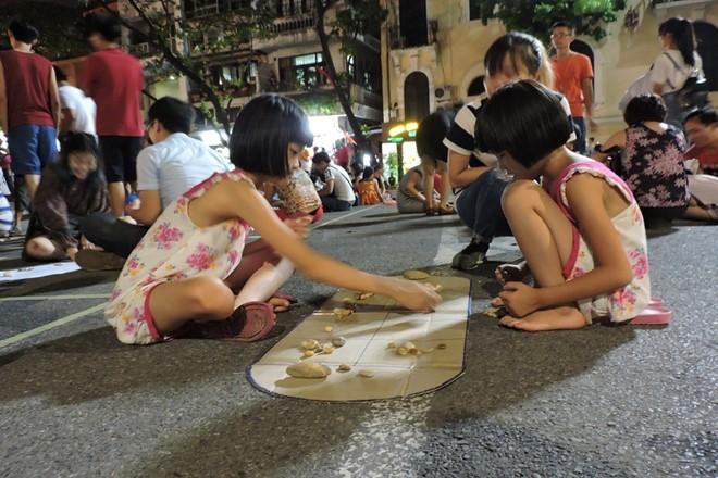 Phố đi bộ Hà Nội và các hoạt động văn hóa hấp dẫn du khách