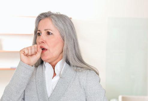 Có những triệu chứng này nghĩ ngay ung thư phổi