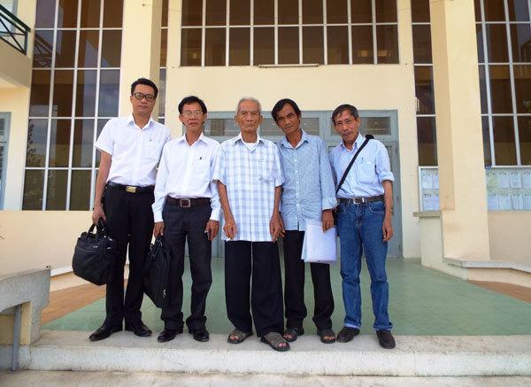 huỳnh văn nén, người tù thế kỷ, oan sai, Bình Thuận, Nguyễn Thận, tòa án, thỏa thuận bồi thường