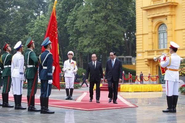 Tổng thống Pháp thăm Việt Nam, tổng thống pháp François Hollande,  tổng thống pháp, François Hollande, chủ tịch nước Trần Đại Quang