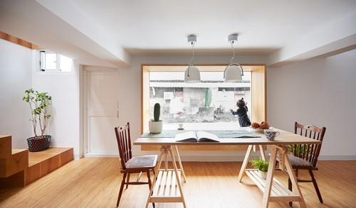 20160906151408 ngoi nha 8 Ngôi nhà 35m² với gác lửng ngập tràn ánh sáng tự nhiên của gia đình có con nhỏ