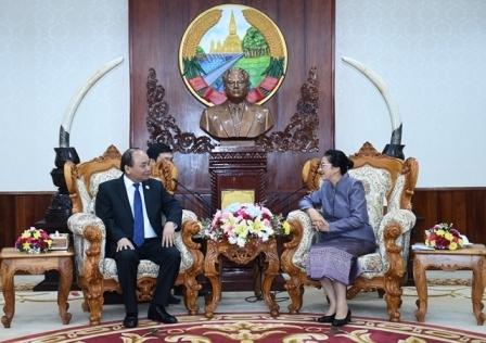 Ưu tiên cao nhất cho quan hệ đoàn kết đặc biệt Việt - Lào