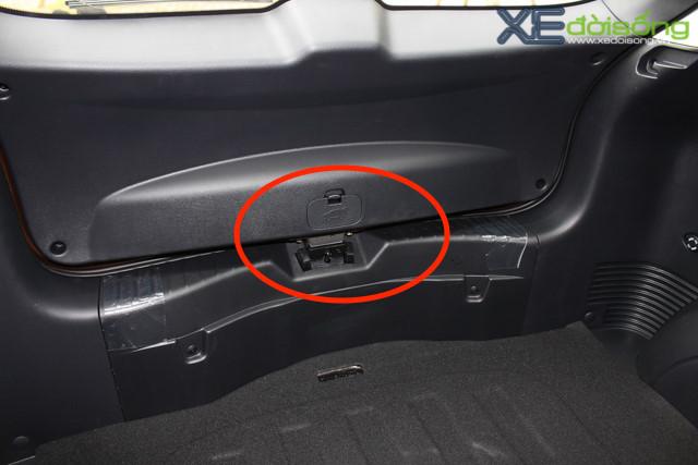 Cửa thoát hiểm cuối cùng trên xe hơi ít người để ý