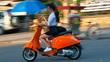 Tài già 40 năm chạy xe máy 'cạn lời' với những thiếu nữ trên đường