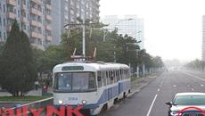 Triều Tiên: Quan chức đi Audi, dân đi xe đạp cũ