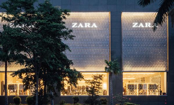 Tỷ phú Zara chiếm ngôi giàu nhất thế giới của Bill Gates