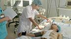 Hy hữu: Mổ ngay trên cáng cứu bệnh nhân bị đâm xuyên tim