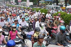 Nóng: Lại đề xuất phạt xe máy không kiểm tra khí thải
