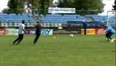 Xem Mourinho solo ghi bàn điệu nghệ