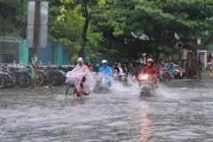 Đà Nẵng cho học sinh nghỉ học phòng chống bão