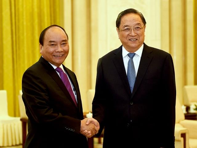 Thủ tướng Nguyễn Xuân Phúc, Thủ tướng thăm TQ, bắn đại bác