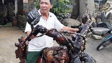 Mô tô bằng gốc cây khiến dân chơi xe sửng sốt