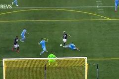 Lee Nguyễn ghi bàn hạ gục đội bóng của Lampard, Pirlo