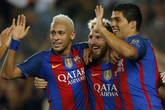 Messi rực sáng, Neymar nhảy samba, Barca thắng kỷ lục