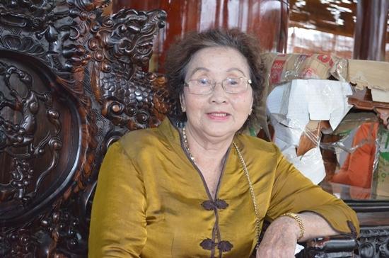 Mẹ Hoài Linh nói gì về nhà thờ trăm tỉ của con trai?