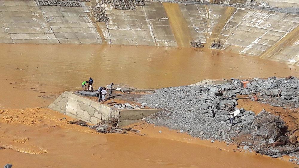 Vỡ ống thủy điện: 'Do nước thượng nguồn đổ về quá lớn'