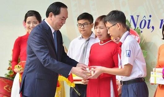 Chủ tịch nước Trần Đại Quang gửi Thư chúc Tết Trung thu 2016