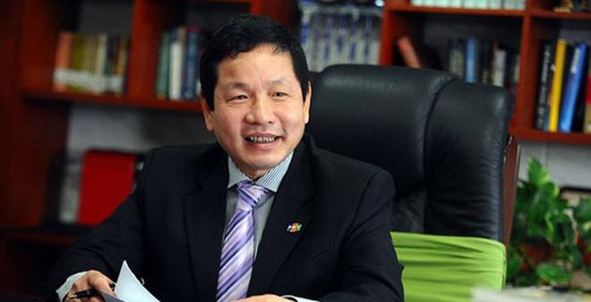 Ông Trương Gia Bình 60 tuổi, nhân viên hát giục sếp về hưu