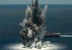 Xem tàu chiến Mỹ 'bị' đánh bom