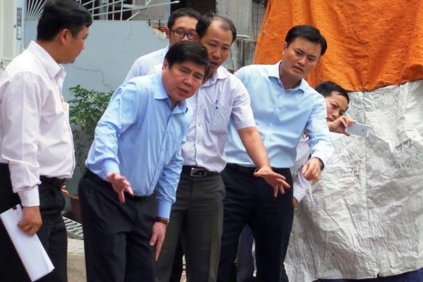 Chủ tịch TPHCM thị sát các điểm gây ngập Tân Sơn Nhất